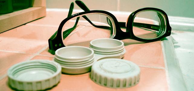 Линзы или очки